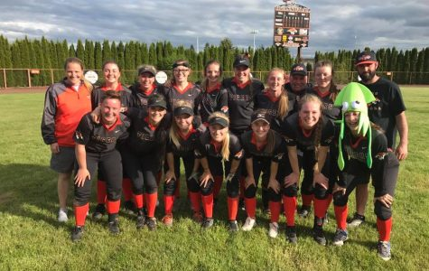 Softball team leads Oregon West Conference