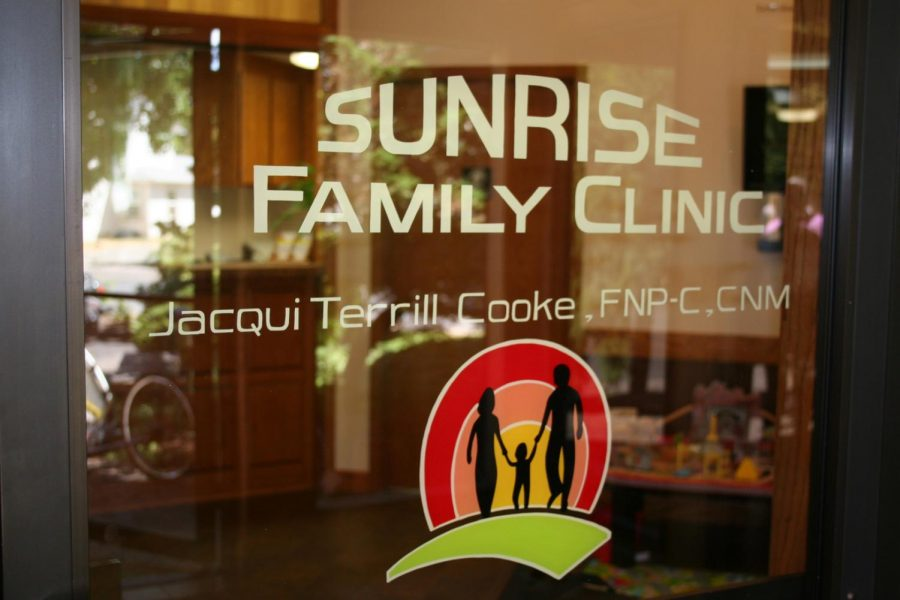A+New+Sunrise+Falls+Upon+YC%2C+and+It%27s+a+Clinic%28A+Family+One%29