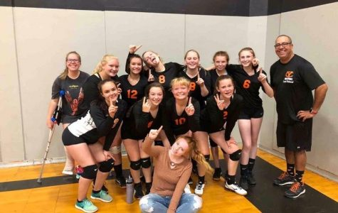 Yamhill-Carlton volleyball players are pulling together this season